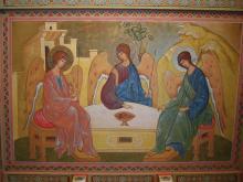 Святая Троица. Роспись потолка над алтарём.